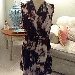 Simply Vera by Vera Wang Sleeveless Abstract Dress